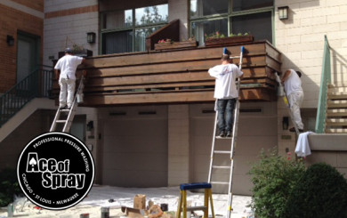 deck staining in chicago milwaukee and stlouis by ace of spray